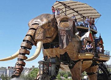 les-geants-elephants-mecaniques